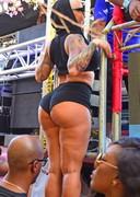 Big carnival booty