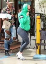 Amber Rose in leggings