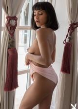 Latina babe gets naked