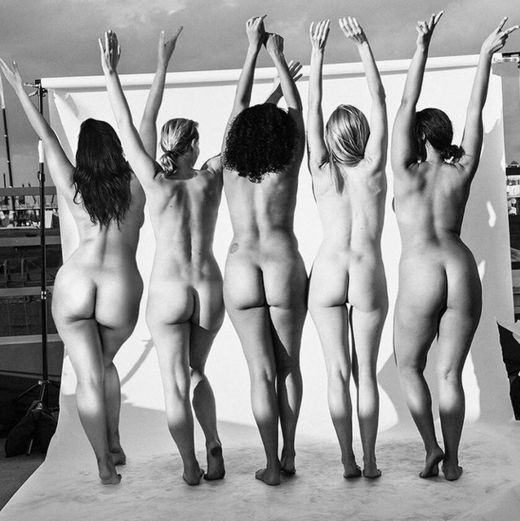 Ashley Graham bare ass