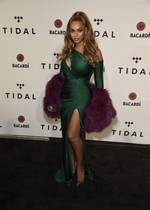 Beyonce in a tight dress