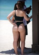 Thick PAWG in a bikini