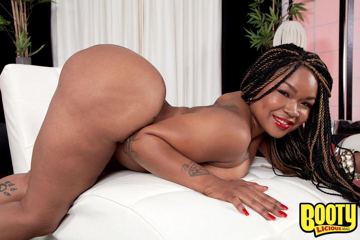 image Fat ass ebony jayla foxx gets good fucked