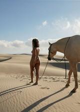 Naked babe in the desert