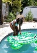Big black booty in a pool