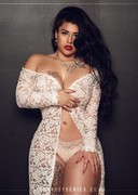 Thick latina in lingerie