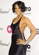 Kelly Rowland braless