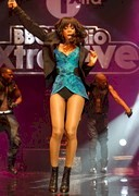 Kelly Rowland is leggy
