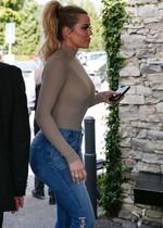 Khloe Kardashian in jeans
