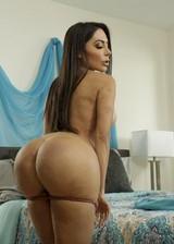 Big booty porn star