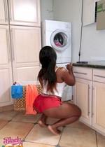 Big booty GF doing laundry