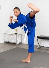 Ebony karate babe