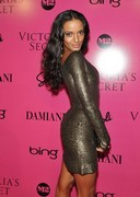 Selita Ebanks at the 2009 Victorias Secrets fashion show