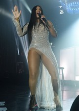 Toni Braxton is thick