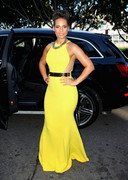 Alicia Keys is Thick in Yellow
