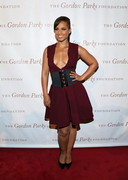 Alicia Keys Cleavage in Red!